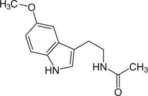 Mélatonine ou N-acétyl15-méthoxytryptamine, hormone synthétisée par la glande pinéale du cerveau