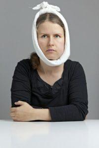 Gonflement du visage, lié à une inflammation ou une rétention d'eau