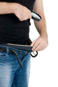 Manifestations de l'hypertrophie bénigne de la prostate : miction fréquente, difficile, baisse du débit urinaire, présence de sang, ...