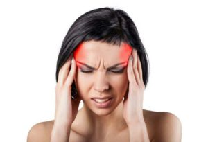 Mal de tête, mal ressenti au niveau du crâne ou de la nuque