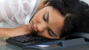 Narcolepsie, pathologie se caractérisant par une perturbation du temps de sommeil