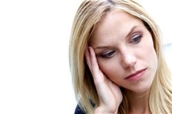 Manifestations de la pâleur accompagnées d'autres signes, sueurs froides, nausées, troubles oculaires, auditifs, ...
