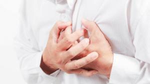 Manifestations de l'artériosclérose : angine de la poitrine, hypertension artérielle, essoufflement, céphalées, ...